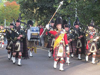 pipe band in inverness
