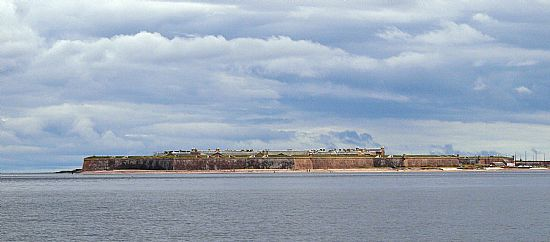 fort george viewed from the sea