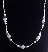 A10 WHITE ROSES NECKLACE