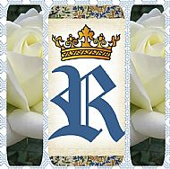 G4 R WITH CROWN & WHITE ROSES