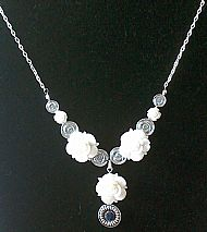 A4 WHITE ROSE DROP NECKLACE
