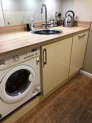 Washer/dryer and dish washer
