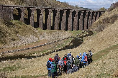 approaching smardale viaduct