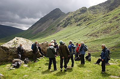 on the frontal moraine arcs, mosedale