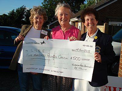 victoria bowling club cheque presentation