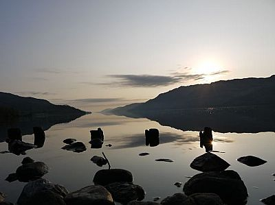 sunrise on loch ness - loch ness motorhomes