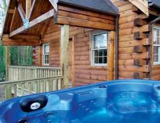search and book log cabins with hot tubs