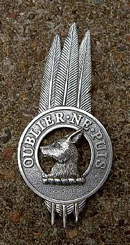 Clan Chief Three-Feathered Badge