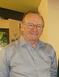 Chairman Bob Davidson MBE