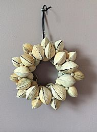 Clam Shell Wreath £15.00