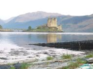 From car park towards Eilean Donan Castle