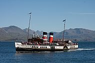 The paddle-steamer Waverley arrives at Armadale Harbour