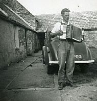 HPA084   Jock Brown with accordian