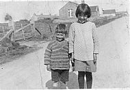 HPA406   John & Meta Scott, Lady (formerly Roadside)