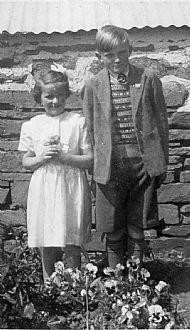 HPA430 Margaret & Ian Dearness