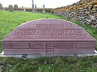 HPA679   Sir Peter Maxwell Davies' grave, Burness Cemetary
