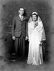 HPA754   Alfred and Margaret Towrie, 12th October 1942