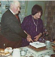 HPA758   Wedding Anniversary, Wullie Wilson & Maggie Jean Telegraph Cottage