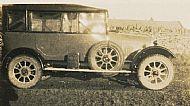 HPA573   Car at Warsetter
