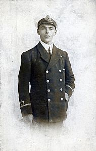 HPA176   2nd Sub-Lt. Muir (1914 - 18)