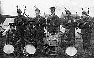 HPA398   David Drever, centre back with drum (WW1)