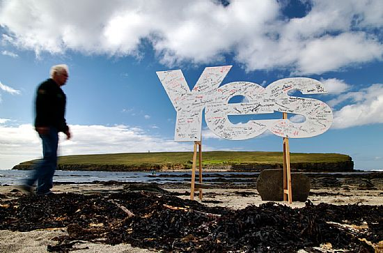 big yes sign at birsay with hundreds of signatures