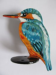kingfisher post topper close up image