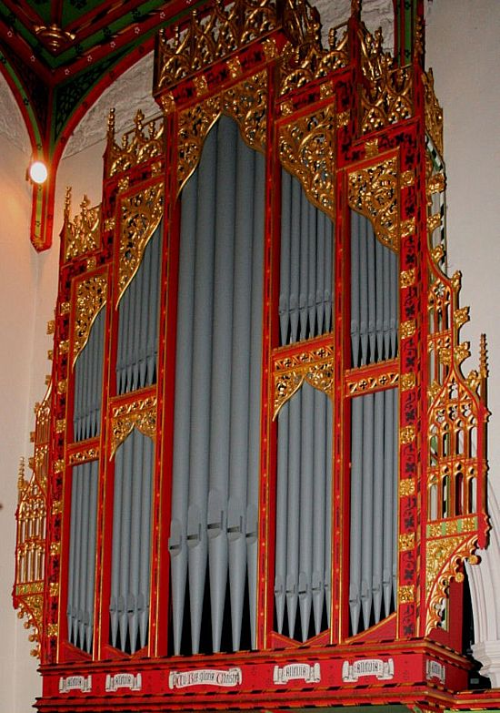 organ case at st mary's, plumtree