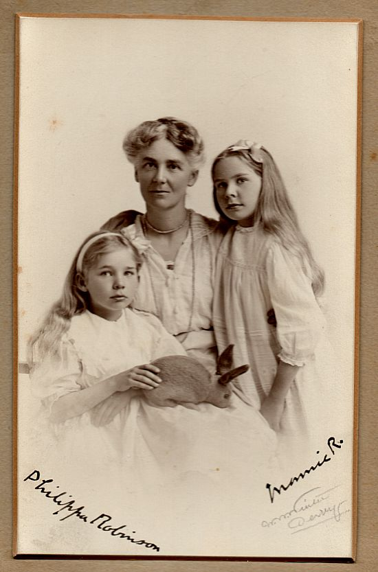 muzio and philippa robinson, with their mother annie arabella