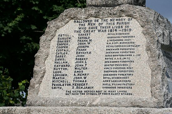war memorial - first world war names