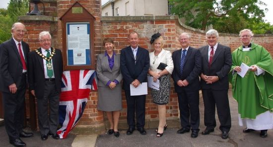 dedication of william raynor's memorial plaque