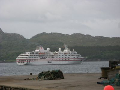 cruise ship in gairloch.