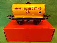 HORNBY No.50 'SHELL LUBRICATING OIL' TANK, Circa 1960.