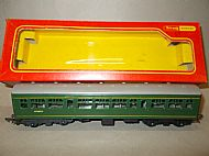 TRIANG HORNBY R.334 DIESEL RAILCAR CENTRE UNIT with SEATS.