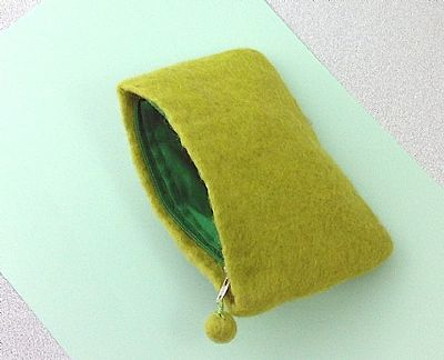 inside of green felt purse by roses felt workshop