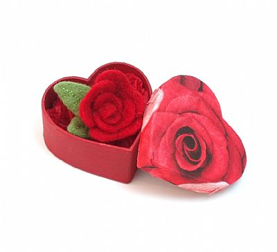 red rose felt brooch in heart shaped gift box by roses felt workshop