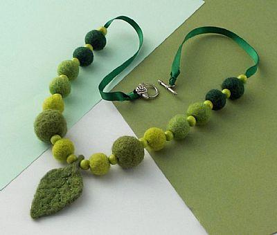 green leaf felt necklace by roses felt workshop