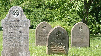 headstones in plumtree churchyard