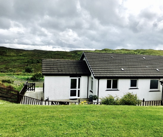 ceithir gaothan self-catering bungalow, seat, skye - the bungalow