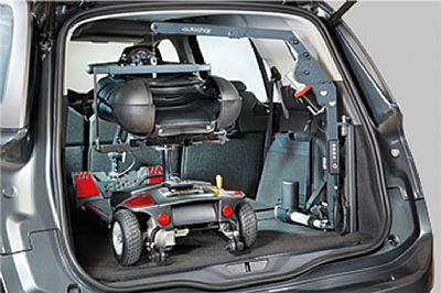 picture of autochair hoist in a car boot