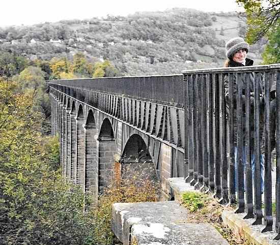 pontcysyllte aqueduct 2000