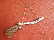 Besom Hanger