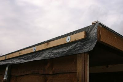 battens used to secure tarpaulin