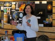 pauline macrae presents the theory behind comets - before making one!