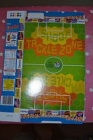 Nestle Euro2000 game and figures