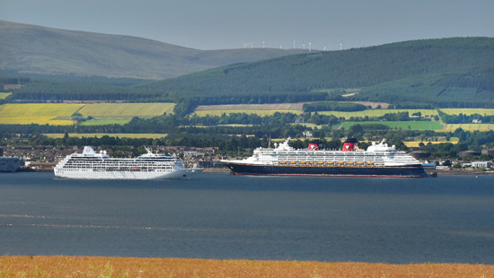 ms astor cruise ship at invergordon