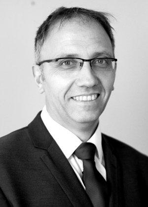 Aquatic Ecologist Steve Coates