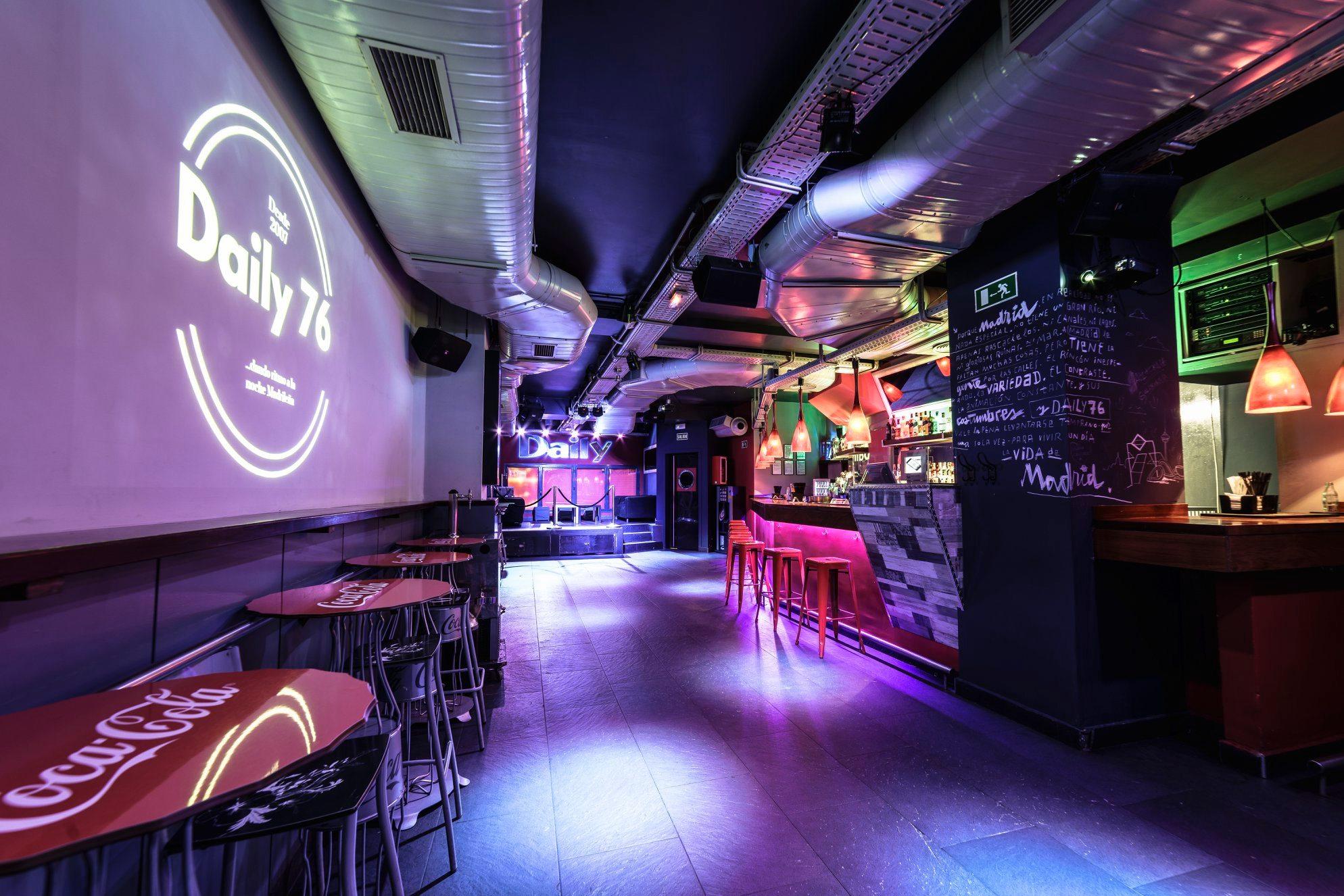 Foto de la barra del local Bar Daily Madrid