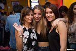 Amigos celebra cumpleaños en Bar Daily 76