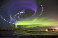 Horacio Llorens volando entre Auroras Boreales (2)